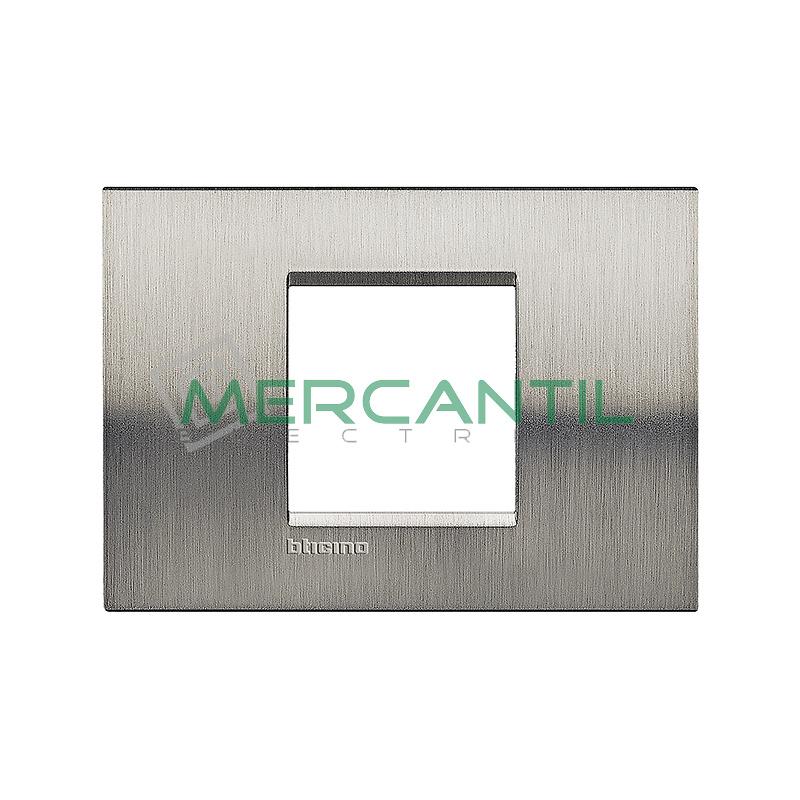 Marco Cuadrado Rectangular Living Light BTICINO - Color Acero Pulido