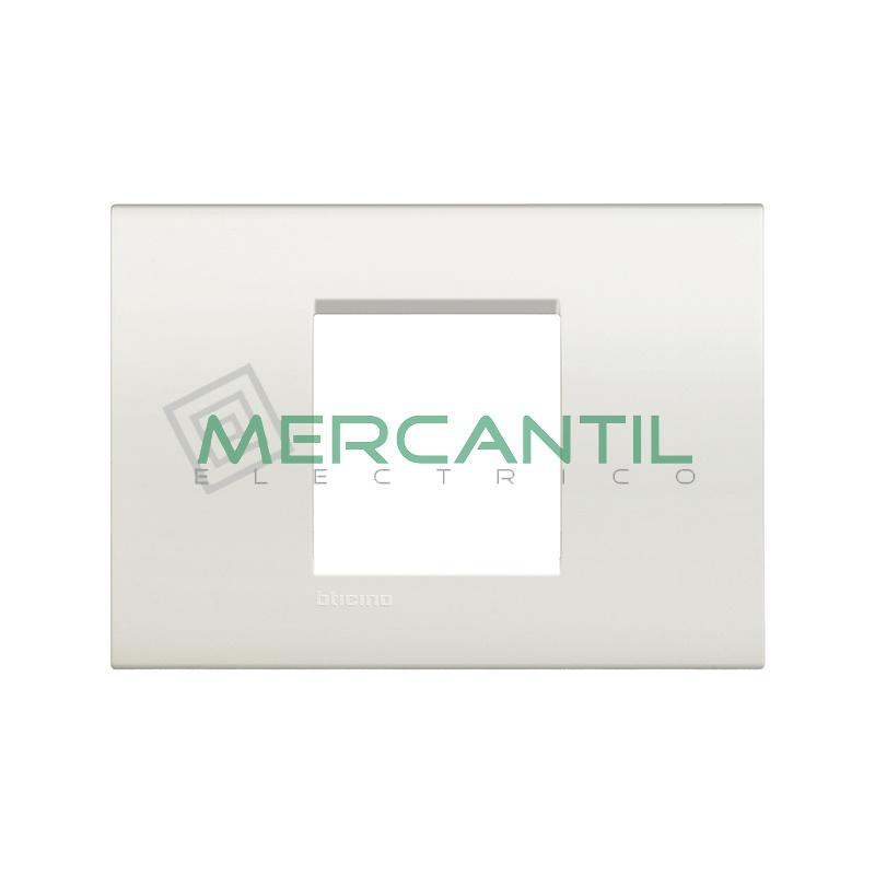 Marco Cuadrado Rectangular Living Light BTICINO - Color Blanco
