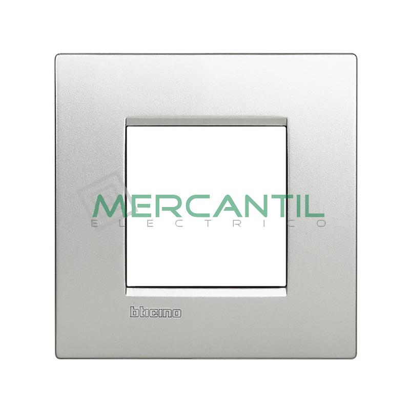 Marco Cuadrado Universal Living Light Air BTICINO - Color Tech