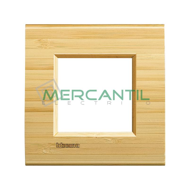 Marco Cuadrado Universal Living Light BTICINO - Color Bambu