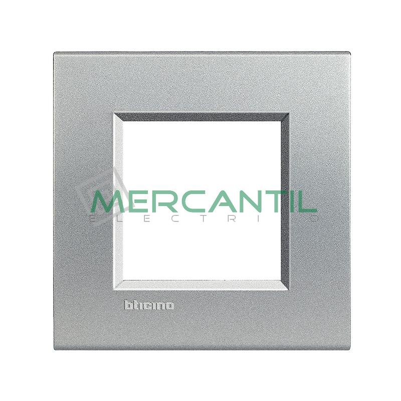 Marco Cuadrado Universal Living Light BTICINO - Color Tech