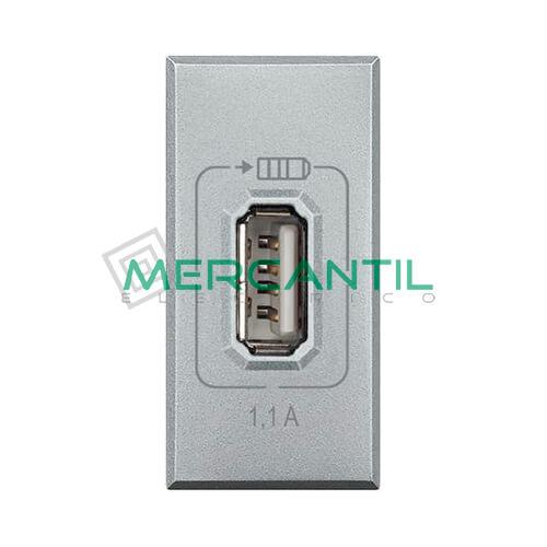 Base USB para Recarga con Tension 5V 1 Modulo Axolute BTICINO Tech