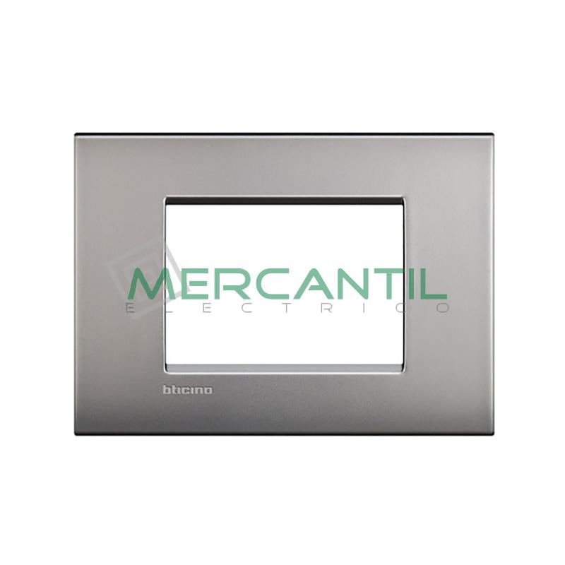 Marco Cuadrado Rectangular Living Light Air BTICINO - Color Niquel Satinado 3 Modulos Cuadrada Rectangular Niquel-satinado