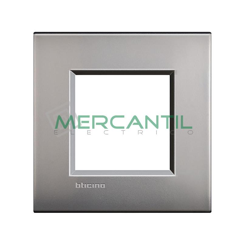 Marco Cuadrado Universal Living Light Air BTICINO - Color Niquel Satinado