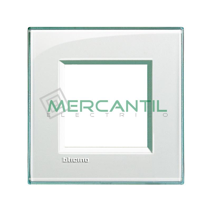 Marco Cuadrado Universal Living Light BTICINO - Color Aguamarina