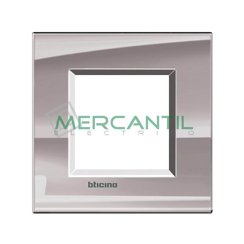 Marco Cuadrado Universal Living Light BTICINO - Color Niquel