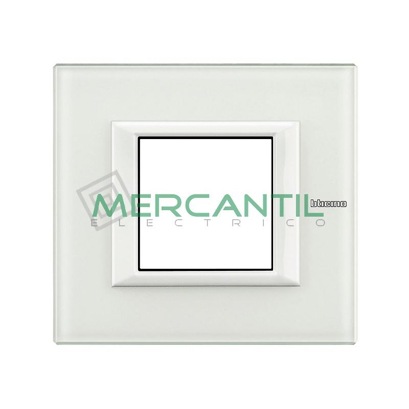 Marco Rectilíneo Universal Axolute BTICINO - Color Cristal Blanco