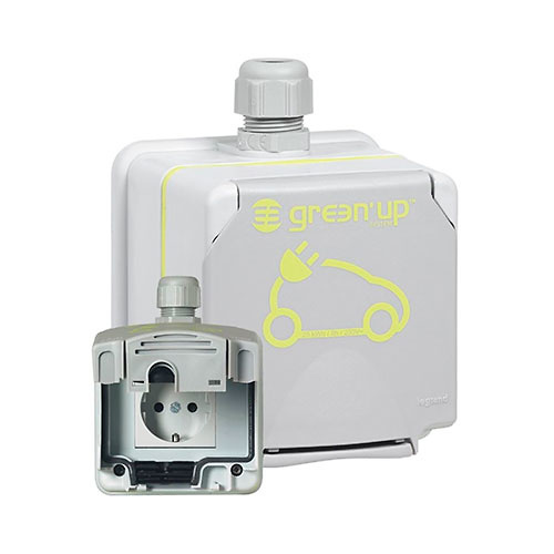 toma-recarga-vehiculo-electrico-2p-tt-green-up-legrand-090472-1