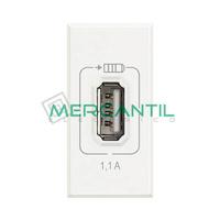 Base USB para Recarga con Tension 5V 1 Modulo Axolute BTICINO