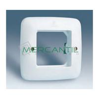 Placa Caja Universal con Garras y sin Bastidor para 1 Modulo Ancho o 2 Estrechos con Tornillos Vistos SIMON 27